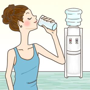 ウォーターサーバーの選び方の基本は水の比較